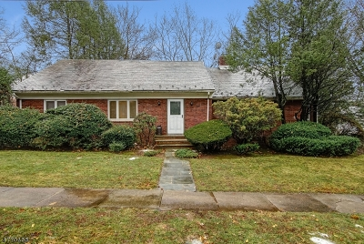 Maplewood Twp. Single Family Home For Sale: 429 Baldwin Rd
