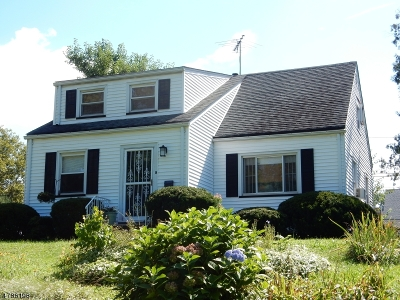 CLARK Single Family Home For Sale: 97 Union County Pkwy