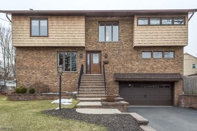 Nutley Twp. Single Family Home For Sale: 10 Oak Crest Pl