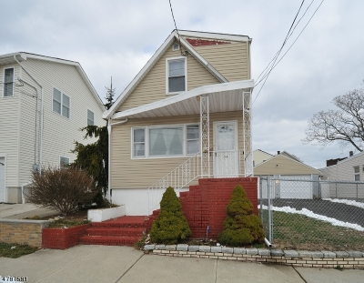 Perth Amboy City Single Family Home For Sale: 336 Alpine St
