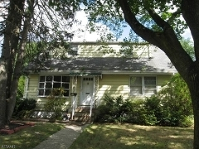Bloomfield Twp. Single Family Home For Sale: 52 Jacob St