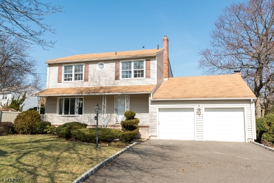 Rahway City Single Family Home For Sale: 921 W Lake Ave