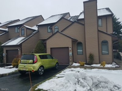West Orange Twp. Condo/Townhouse For Sale: 38 Davey Dr