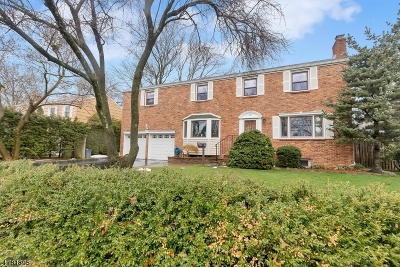 Cranford Twp. Single Family Home For Sale: 18 Dartmouth Rd