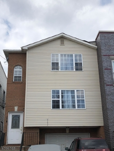 Elizabeth City Multi Family Home For Sale: 174 Catherine St