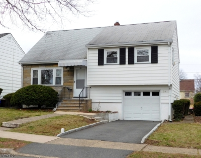 Bloomfield Twp. Single Family Home For Sale: 26 Beverly Rd
