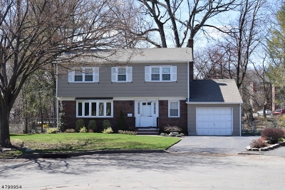 Nutley Twp. Single Family Home Active Under Contract: 77 Enclosure