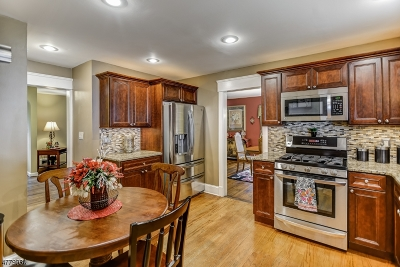 West Orange Twp. Single Family Home For Sale: 55 Lowell Ave