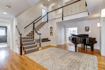 Maplewood Twp. Single Family Home For Sale: 16 Warner Rd