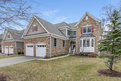 West Orange Twp. Condo/Townhouse For Sale: 17 Whitbay Dr