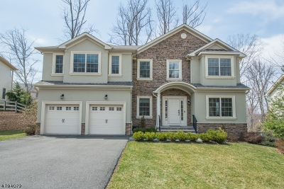 West Orange Twp. Single Family Home For Sale: 11 Himsl Ct