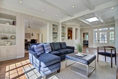 Millburn Twp. Single Family Home For Sale: 2 Tall Pine Ln