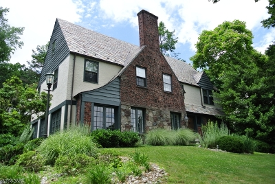 Montclair Twp. Single Family Home For Sale: 158 S Mountain Ave