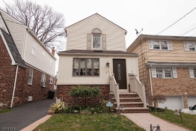 Belleville Twp. Single Family Home For Sale: 2 May St