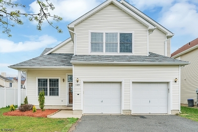 North Brunswick Twp. Single Family Home For Sale: 1087 Matthew St