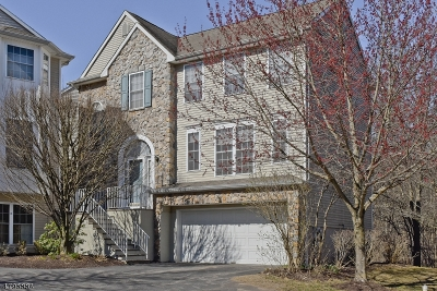 Randolph Twp. Condo/Townhouse For Sale: 130 Arrowgate Dr