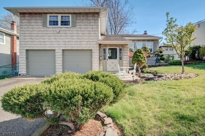 Woodbridge Twp. Single Family Home For Sale: 795 Chalet Dr