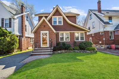 Nutley Twp. Single Family Home For Sale: 197 Lakeside Dr
