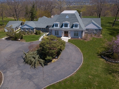 West Orange Twp. Single Family Home For Sale: 30 Eagle Ridge Way