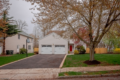 Scotch Plains Twp. Single Family Home For Sale: 1 Pitching Way