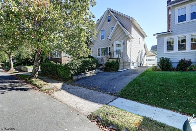 Maplewood Twp. Single Family Home For Sale: 22 Manley Ter
