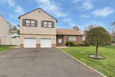 Rahway City Single Family Home For Sale: 935 W Lake Ave