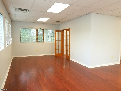 Parsippany-Troy Hills Twp. NJ Commercial Lease For Lease: $2,100