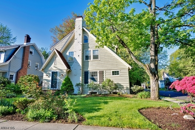 Maplewood Twp. Single Family Home For Sale: 433 Elmwood Ave