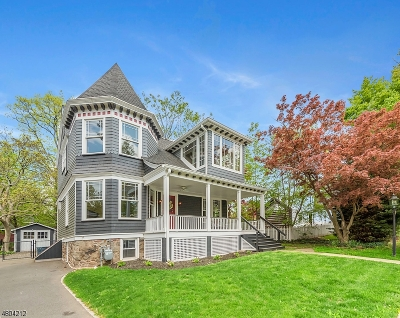 Maplewood Twp. Single Family Home For Sale: 21 Mountain Ave
