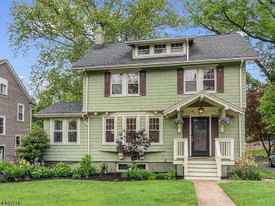 Maplewood Twp. Single Family Home For Sale: 7 Park Rd