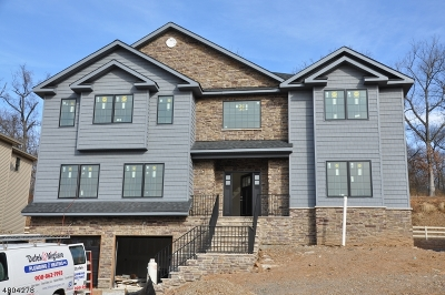 West Orange Twp. Single Family Home For Sale: 72 Haggerty Dr