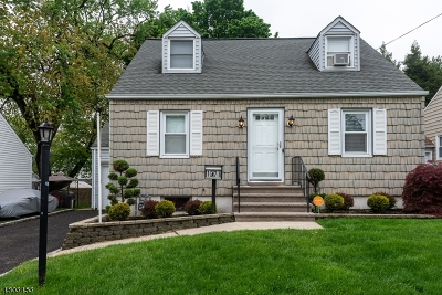 Union Twp. Single Family Home For Sale: 1071 Lorraine Ave