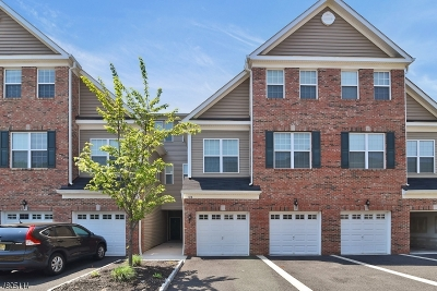 Union Twp. Condo/Townhouse For Sale: 5 Station Sq