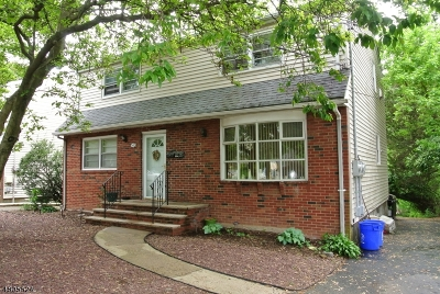 Bloomfield Twp. Multi Family Home For Sale: 540 Broughton Ave