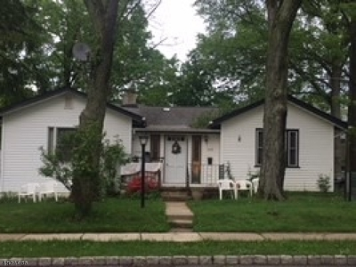 Parsippany-Troy Hills Twp. Single Family Home For Sale: 353 Lake Shore Dr