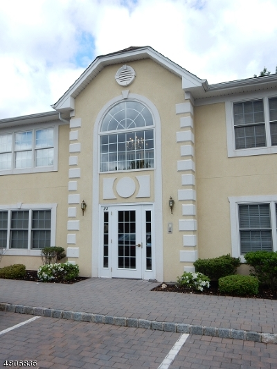 Clark Twp. Condo/Townhouse For Sale: 24 Cellar Ave