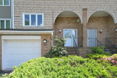 Parsippany-Troy Hills Twp. Condo/Townhouse For Sale: 149 Patriots Rd