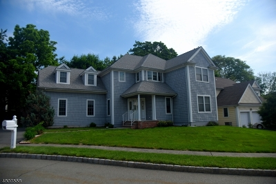 Bloomfield Twp. Single Family Home For Sale: 5 Holly Ct