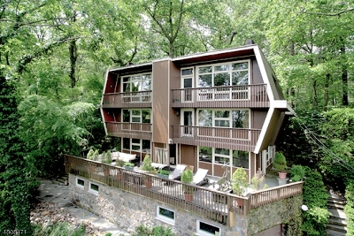 Montclair Twp. Single Family Home For Sale: 28 Mountainside Pk Ter