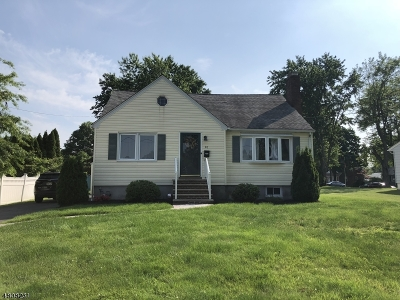 Clark Twp. Single Family Home For Sale: 40 Whitley Ter