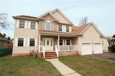 Woodbridge Twp. Single Family Home For Sale: 150 Carolyn Ave