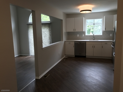 Springfield Twp. Rental For Rent: 3215 Park Pl #3215