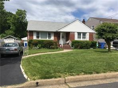 Woodbridge Twp. Single Family Home For Sale: 777 Harrell Ave