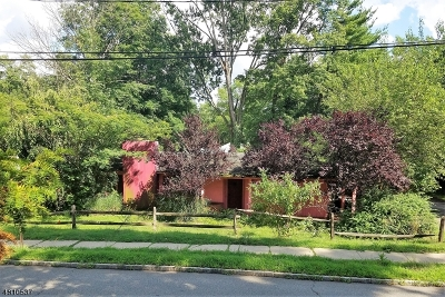 West Orange Twp. Single Family Home For Sale: 190 S Valley Rd