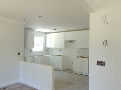 Fanwood Boro Single Family Home For Sale: 18 Madison Ave