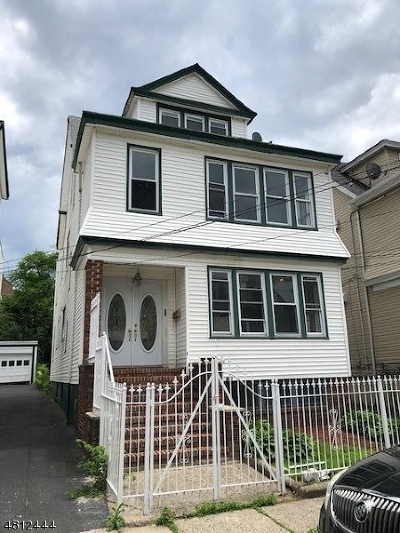Multi Family Home For Sale: 26 Stockman Pl