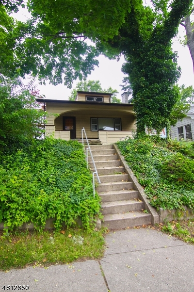Belleville Twp. Single Family Home For Sale: 174 Division Ave
