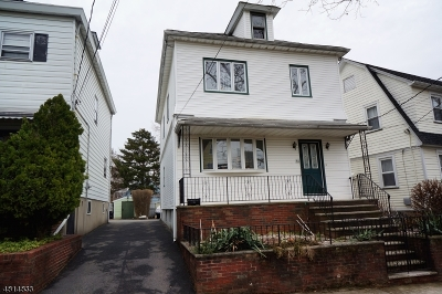 Bloomfield Twp. Single Family Home For Sale: 40 N Spring St