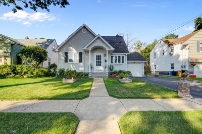 Union Twp. Single Family Home For Sale: 2463 Dorchester Rd