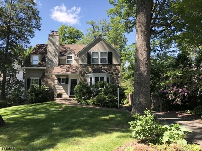 Millburn Twp. Single Family Home For Sale: 15 Inwood Rd